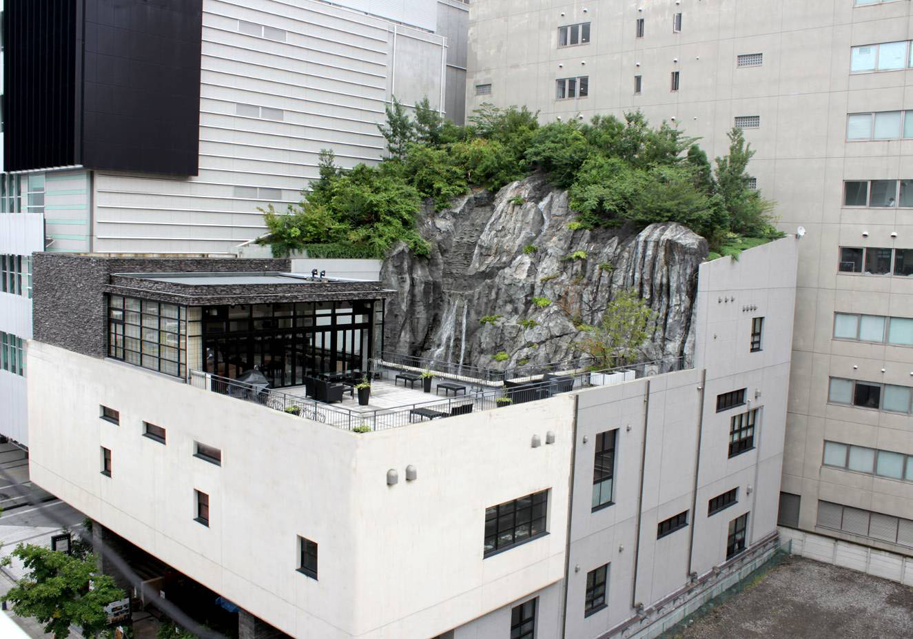 株式会社新横浜ラーメン博物館 新横浜ラントラクト01