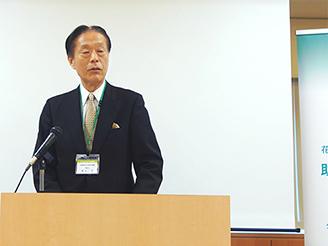 開会挨拶 (公財)都市緑化機構 理事長 輿水 肇