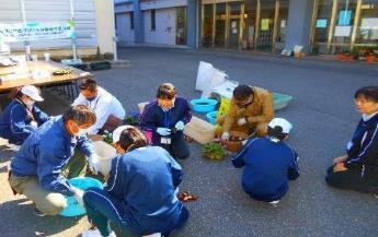 第37回全国都市緑化ひろしまフェア 「特別支援学校はなのわプランター 継続プロジェクト」